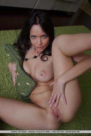 Angelina jolie double primps her tight l - XXX Dessert - Picture 10