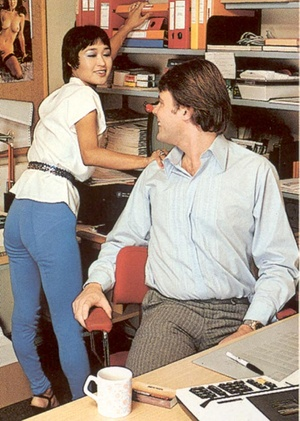 Hairy seventies lady pleasing her boss h - XXX Dessert - Picture 2