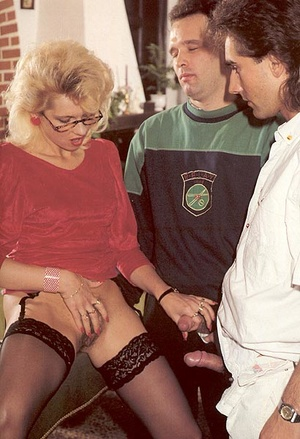 Hairy lady pleasing two eighties dicks a - XXX Dessert - Picture 4