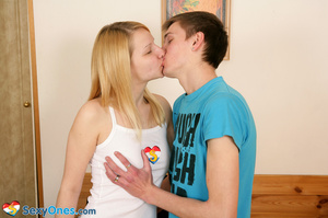 Magnificent blonde with tasty big tits e - XXX Dessert - Picture 5