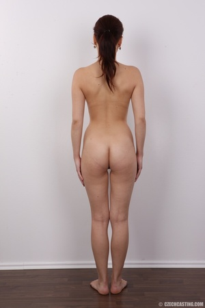 Young and pretty slender chick reveals h - XXX Dessert - Picture 17