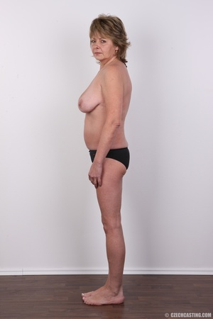 Hot and naughty granny looking for fun d - XXX Dessert - Picture 6