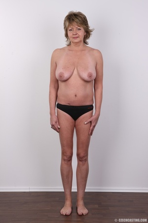 Hot and naughty granny looking for fun d - XXX Dessert - Picture 7