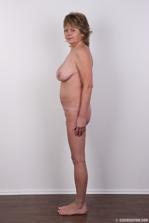 Hot and naughty granny looking for fun d - XXX Dessert - Picture 12
