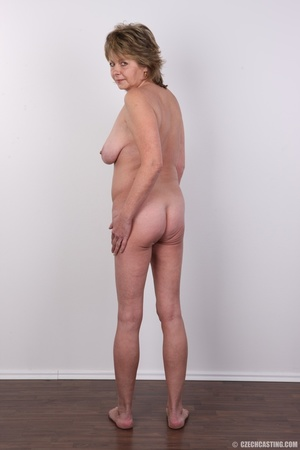Hot and naughty granny looking for fun d - XXX Dessert - Picture 16