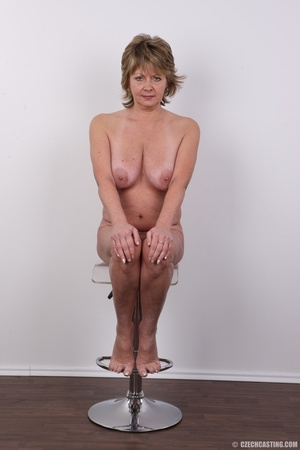 Hot and naughty granny looking for fun d - XXX Dessert - Picture 18