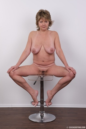 Hot and naughty granny looking for fun d - XXX Dessert - Picture 19
