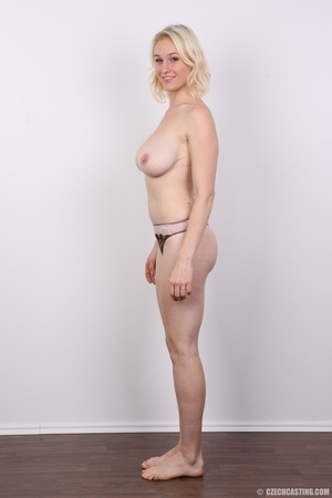 Sweet looking blonde with tempting big t - XXX Dessert - Picture 7