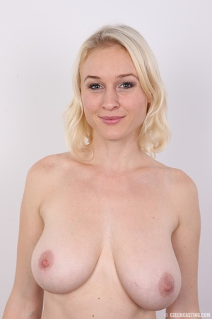 Sweet looking blonde with tempting big t - XXX Dessert - Picture 10