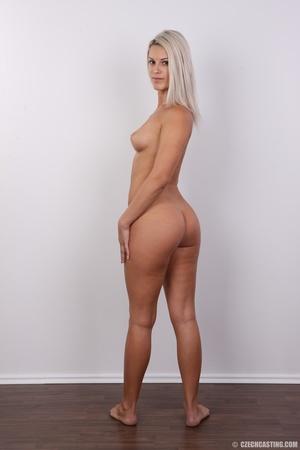 Super hot model shows off super hot  bod - XXX Dessert - Picture 16