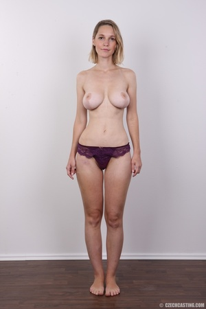 Seductive blonde looking for fun shows c - XXX Dessert - Picture 7