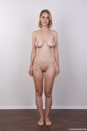 Seductive blonde looking for fun shows c - XXX Dessert - Picture 14