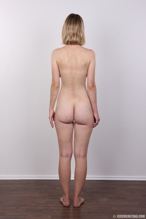 Seductive blonde looking for fun shows c - XXX Dessert - Picture 16