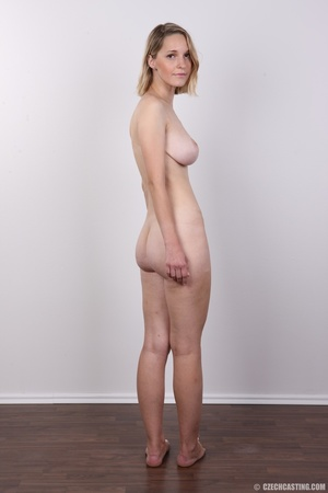 Seductive blonde looking for fun shows c - XXX Dessert - Picture 17