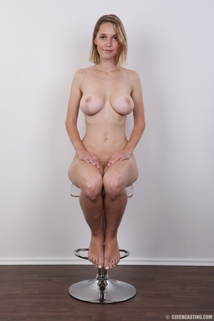 Seductive blonde looking for fun shows c - XXX Dessert - Picture 18