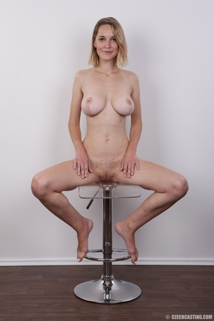 Seductive blonde looking for fun shows c - XXX Dessert - Picture 19