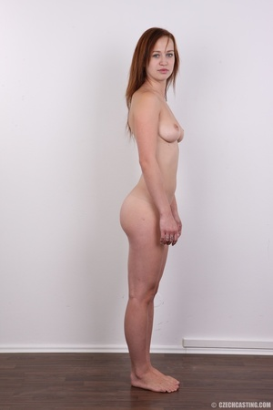 Really pretty chick with blue eyes shows - XXX Dessert - Picture 15