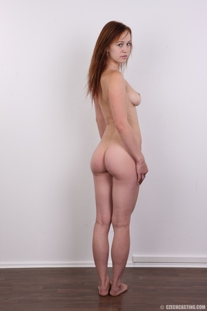 Really pretty chick with blue eyes shows - XXX Dessert - Picture 17