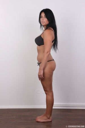 Chubby sexy chick with black hair shows  - XXX Dessert - Picture 6