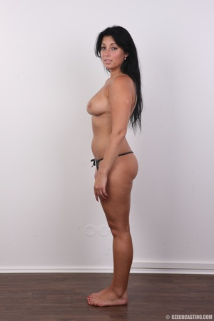 Chubby sexy chick with black hair shows  - XXX Dessert - Picture 8