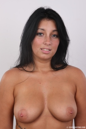 Chubby sexy chick with black hair shows  - XXX Dessert - Picture 12