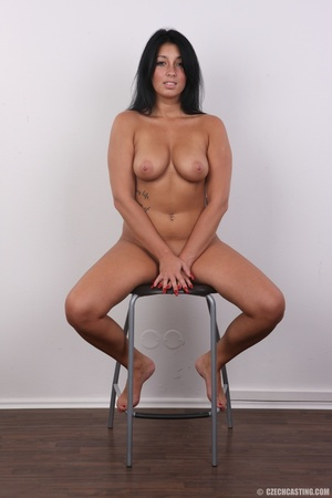 Chubby sexy chick with black hair shows  - XXX Dessert - Picture 20
