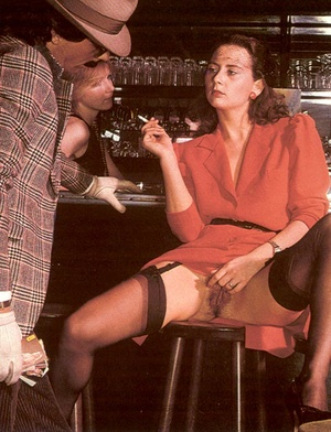 Seventies mobster and two ladies going w - XXX Dessert - Picture 4