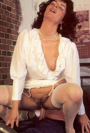 Hairy seventies lady pleasing a prisoner - XXX Dessert - Picture 9