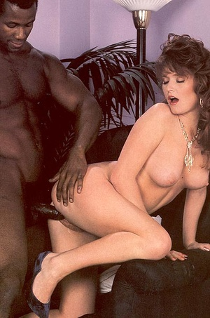 Horny lady catches a black retro thief b - XXX Dessert - Picture 13