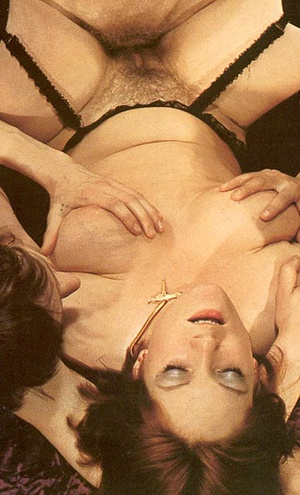 Hairy seventies lady loves to please thr - XXX Dessert - Picture 11