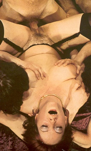 Hairy seventies lady loves to please thr - XXX Dessert - Picture 13
