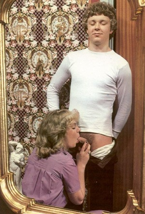 Two seventies couples playing dirty sexu - XXX Dessert - Picture 7
