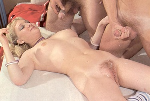 Hairy seventies girl fucked and creamed  - XXX Dessert - Picture 16