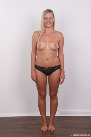 Plump blonde with cute eyes and sexy sha - XXX Dessert - Picture 6