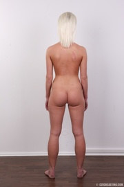 petite sexy blonde shows