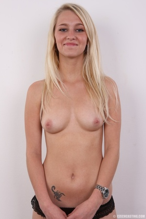 Young Barbie blonde models hot shape, cu - XXX Dessert - Picture 9