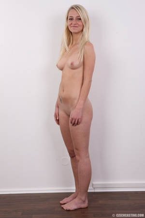 Young Barbie blonde models hot shape, cu - XXX Dessert - Picture 15