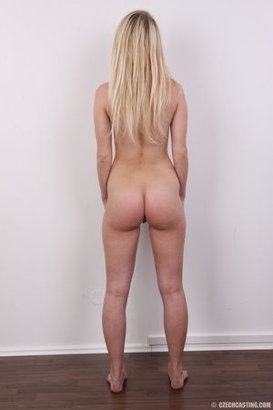 Young Barbie blonde models hot shape, cu - XXX Dessert - Picture 16