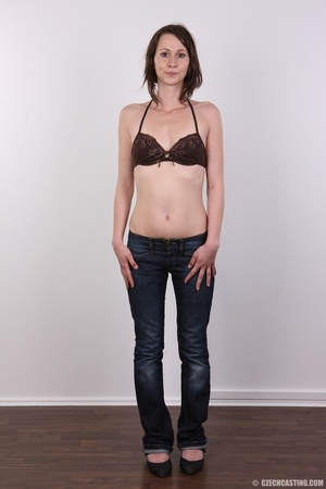 Slim and sexy short hair brunette strips - XXX Dessert - Picture 3