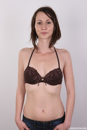 Slim and sexy short hair brunette strips - XXX Dessert - Picture 4