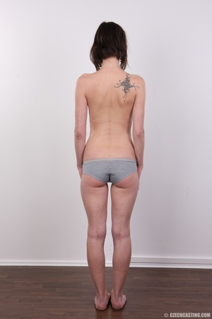 Slim and sexy short hair brunette strips - XXX Dessert - Picture 9