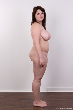 Chubby red hair babe shows cute fat ass, - XXX Dessert - Picture 14
