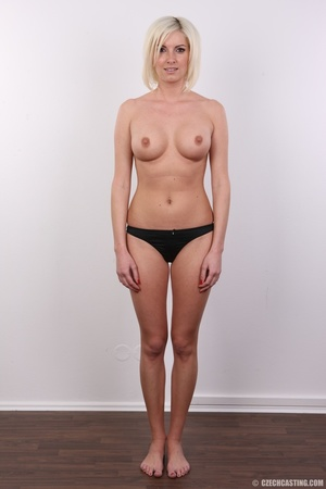 Hot and young chick with super firm boob - XXX Dessert - Picture 7