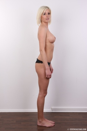 Hot and young chick with super firm boob - XXX Dessert - Picture 8