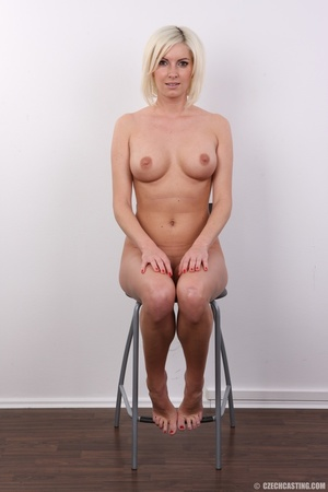 Hot and young chick with super firm boob - XXX Dessert - Picture 18