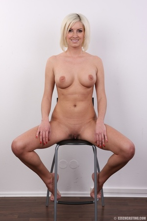 Hot and young chick with super firm boob - XXX Dessert - Picture 19