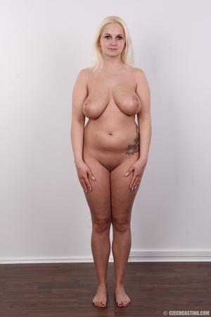 Chubby seductive blonde with hot big tit - XXX Dessert - Picture 10