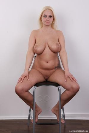 Chubby seductive blonde with hot big tit - XXX Dessert - Picture 14