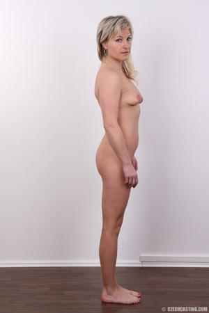 Horny cute blonde lady takes o ff clothe - XXX Dessert - Picture 10