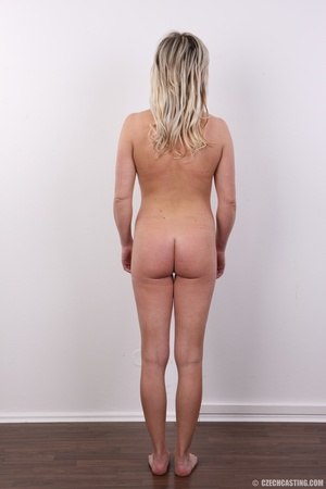 Horny cute blonde lady takes o ff clothe - XXX Dessert - Picture 11